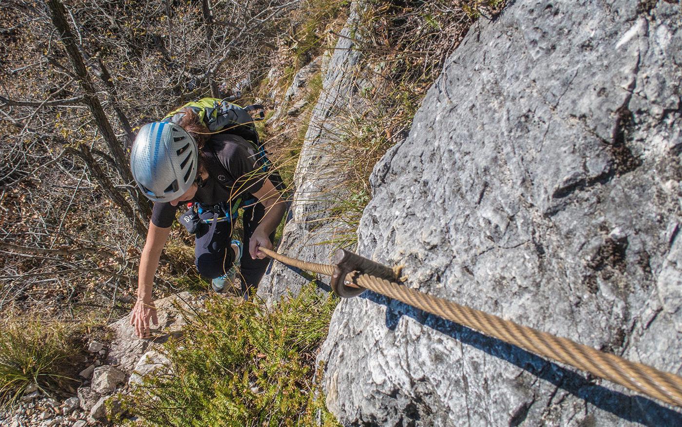 Klettersteig Rucksack : Klettersteig che guevara in pietramurata im sarcatal der nähe